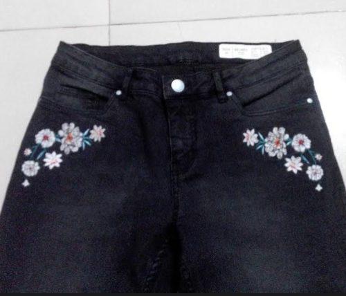 esmara-blossom-embroidery-jeans-black-2