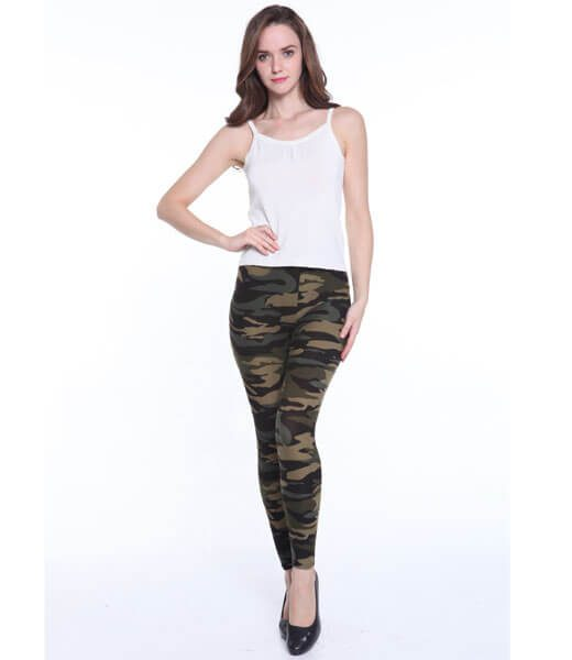 woman-colorful-leggings-camo