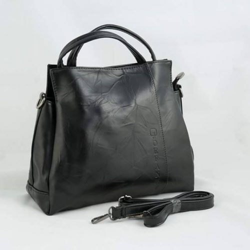 Supersoft-trendy-handbag-black