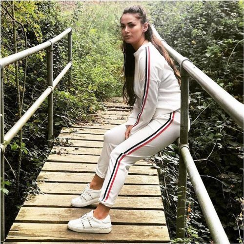 woman-tracksuit-white-2